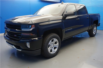 2018 Silverado 1500 Crew Cab 4x4,  Pickup #18-0682 - photo 4