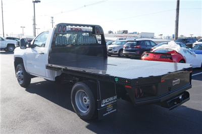 2018 Silverado 3500 Regular Cab DRW 4x2,  Knapheide PGNB Gooseneck Platform Body #18-0695 - photo 5
