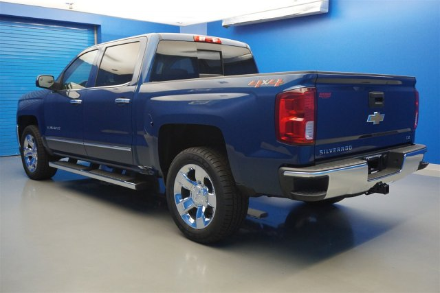 2018 Silverado 1500 Crew Cab 4x4,  Pickup #18-0720 - photo 5