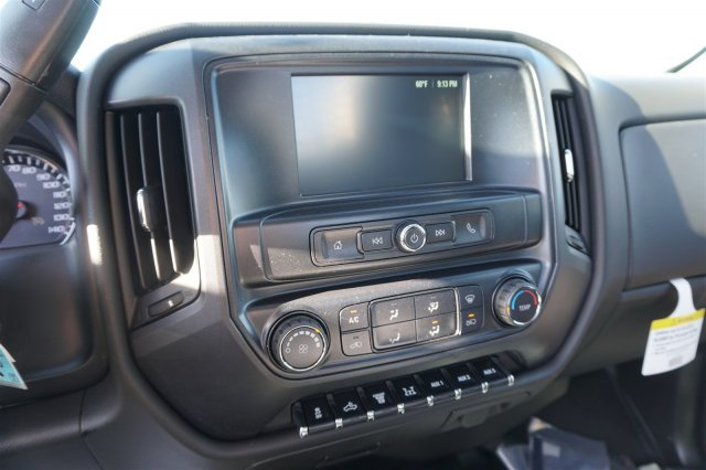 2018 Silverado 3500 Regular Cab DRW 4x4,  Knapheide PGNC Gooseneck Platform Body #18-0741 - photo 15