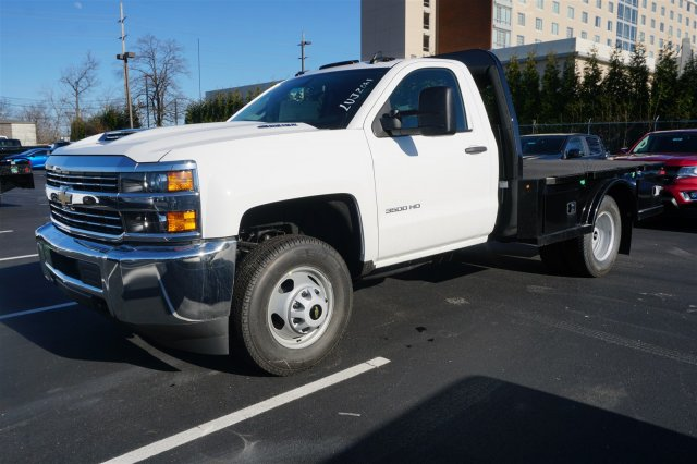 2018 Silverado 3500 Regular Cab DRW 4x4,  Knapheide PGNC Gooseneck Platform Body #18-0741 - photo 4