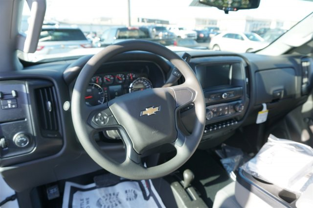 2018 Silverado 3500 Regular Cab DRW 4x4,  Knapheide PGNB Gooseneck Platform Body #18-0742 - photo 12