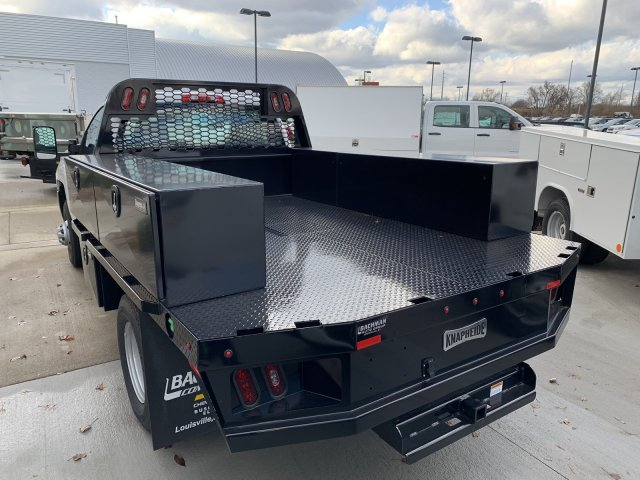 2018 Silverado 3500 Regular Cab DRW 4x4,  Knapheide PGNB Gooseneck Platform Body #18-0742 - photo 6