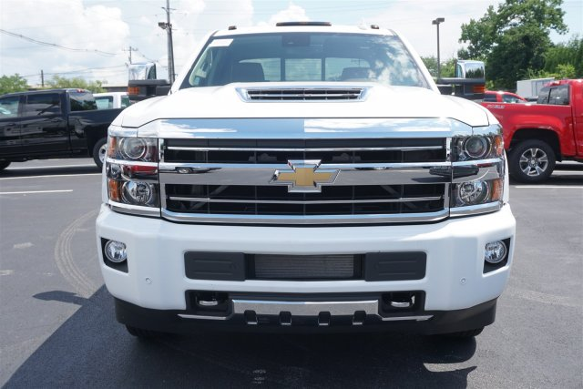 2018 Silverado 3500 Crew Cab 4x4,  Pickup #18-1043 - photo 3