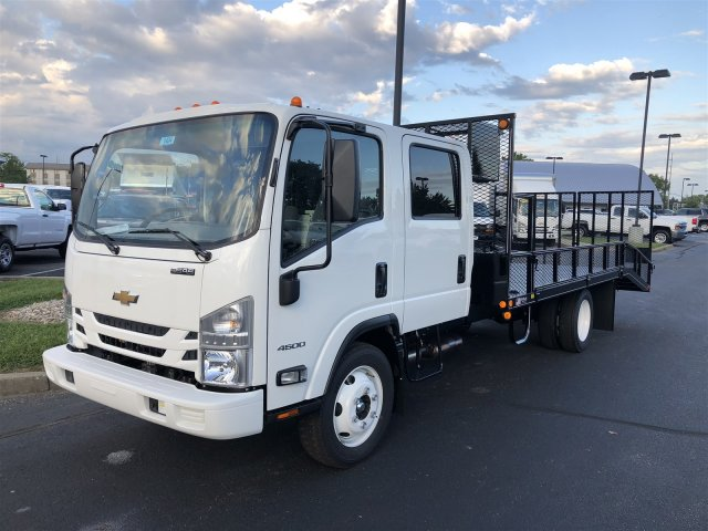 2018 LCF 4500 Crew Cab,  Wil-Ro Dovetail Landscape #18-1433 - photo 4