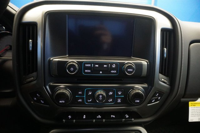 2018 Silverado 1500 Crew Cab 4x4,  Pickup #18-1554 - photo 18