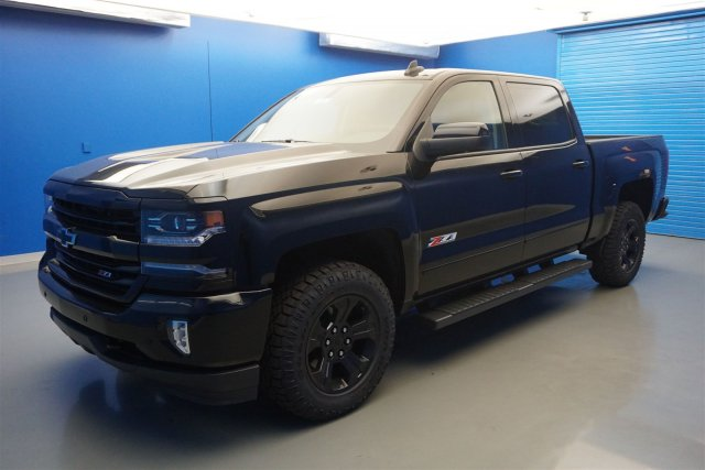 2018 Silverado 1500 Crew Cab 4x4,  Pickup #18-1554 - photo 4