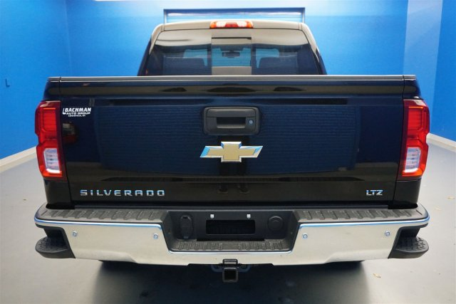 2018 Silverado 1500 Crew Cab 4x4,  Pickup #18-1630 - photo 6