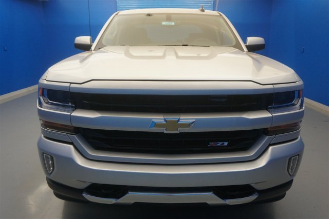 2018 Silverado 1500 Crew Cab 4x4,  Pickup #18-1631 - photo 3