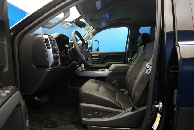 2019 Silverado 2500 Crew Cab 4x4,  Pickup #19-3015 - photo 11