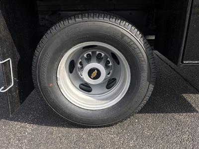 2019 Silverado 3500 Regular Cab DRW 4x4,  Knapheide Contractor Body #19-3695 - photo 9