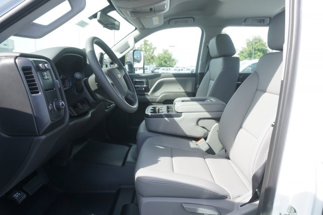 2019 Silverado 2500 Crew Cab 4x2,  Pickup #19-3755 - photo 11