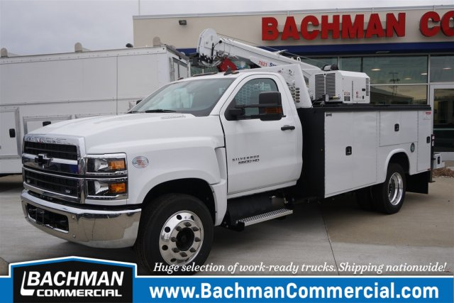2019 Chevrolet Silverado 6500 Regular Cab DRW RWD, Knapheide KMT Mechanics Body #19-4470 - photo 4