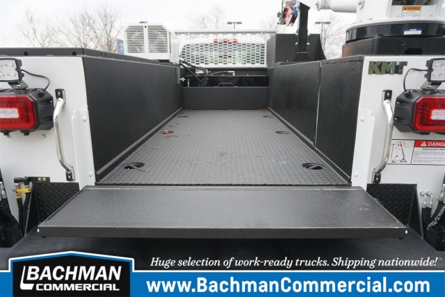 2019 Chevrolet Silverado 6500 Regular Cab DRW RWD, Knapheide KMT Mechanics Body #19-4470 - photo 34