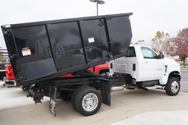 2019 Silverado 6500 Regular Cab DRW 4x4, Landscape Dump #19-4923 - photo 2