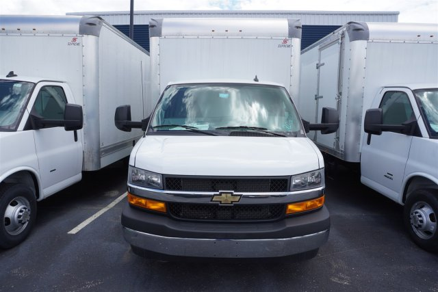 2020 Chevrolet Express 4500 RWD, Supreme Iner-City Dry Freight #20-6826 - photo 3