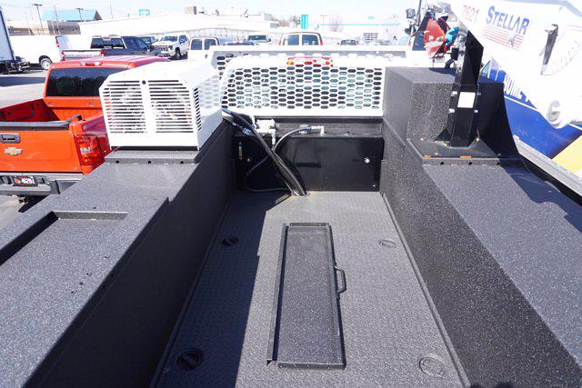 2020 Chevrolet Silverado 6500 Regular Cab DRW 4x2, Knapheide KMT Mechanics Body #20-7284 - photo 40