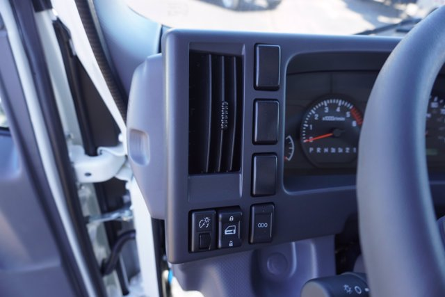 2020 Chevrolet LCF 3500 Regular Cab DRW 4x2, Wil-Ro Standard Dovetail Landscape #20-7684 - photo 16