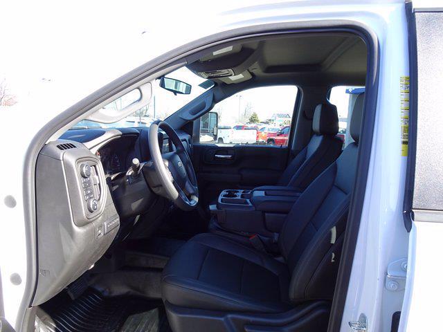 2020 Chevrolet Silverado 3500 Crew Cab DRW 4x4, Monroe AUV Service Body #20-7714 - photo 10