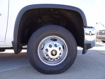 2020 Chevrolet Silverado 3500 Crew Cab DRW 4x4, Monroe AUV Service Body #20-7714 - photo 7