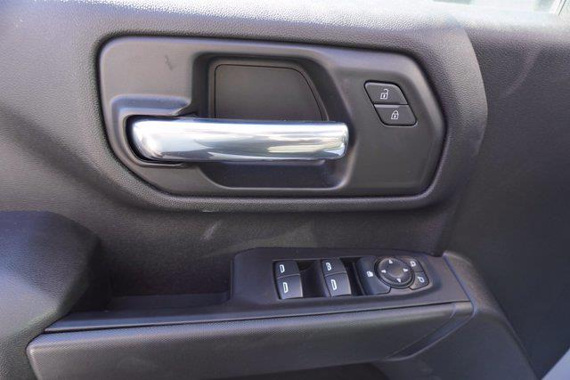 2020 Chevrolet Silverado 3500 Crew Cab DRW 4x4, Cab Chassis #20-7718 - photo 10