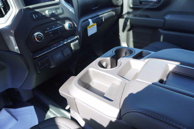 2020 Chevrolet Silverado 3500 Crew Cab DRW 4x4, Cab Chassis #20-7718 - photo 18