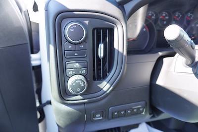 2020 Chevrolet Silverado 3500 Crew Cab DRW 4x4, Cab Chassis #20-7718 - photo 14