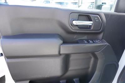 2020 Chevrolet Silverado 3500 Crew Cab DRW 4x4, Cab Chassis #20-7718 - photo 9