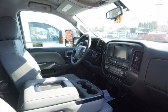 2020 Chevrolet Silverado 4500 Crew Cab DRW 4x4, Knapheide PGND Gooseneck Platform Body #20-7778 - photo 23