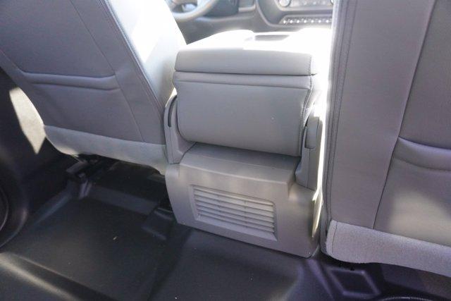 2020 Chevrolet Silverado 4500 Crew Cab DRW 4x4, Knapheide PGND Gooseneck Platform Body #20-7778 - photo 25