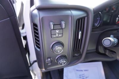 2020 Chevrolet Silverado 4500 Crew Cab DRW 4x4, Knapheide PGND Gooseneck Platform Body #20-7778 - photo 18