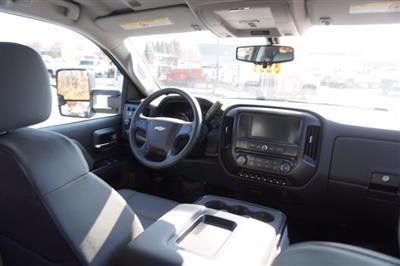 2020 Chevrolet Silverado 4500 Crew Cab DRW 4x4, Knapheide PGND Gooseneck Platform Body #20-7778 - photo 24