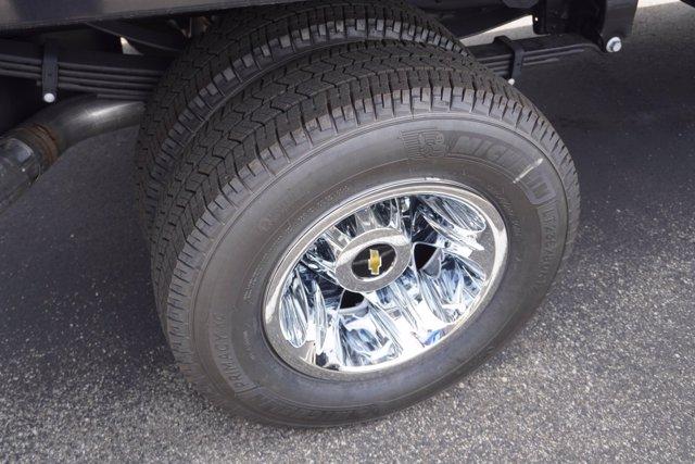 2020 Chevrolet Silverado 3500 Crew Cab DRW 4x4, Palfinger Contractor Body #20-7784 - photo 11
