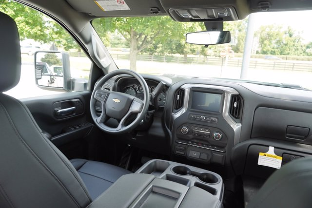 2020 Chevrolet Silverado 3500 Crew Cab 4x2, Pickup #20-7819 - photo 21