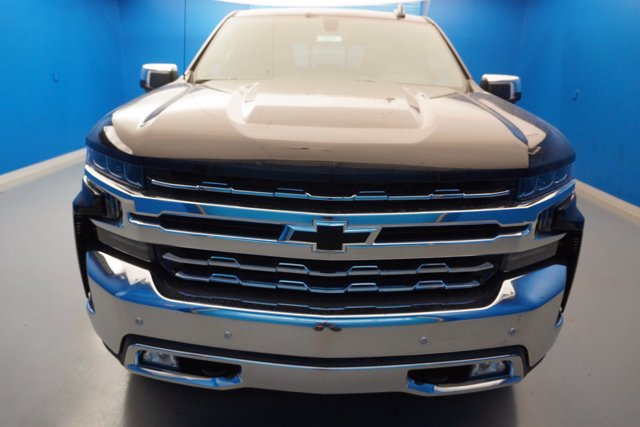 2020 Chevrolet Silverado 1500 Crew Cab 4x4, Pickup #20-7964 - photo 3