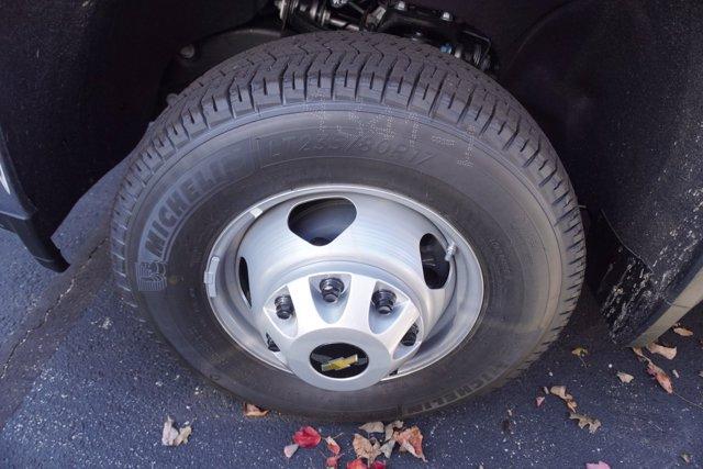 2020 Chevrolet Silverado 3500 Regular Cab DRW 4x4, Crysteel E-Tipper Dump Body #20-7968 - photo 30