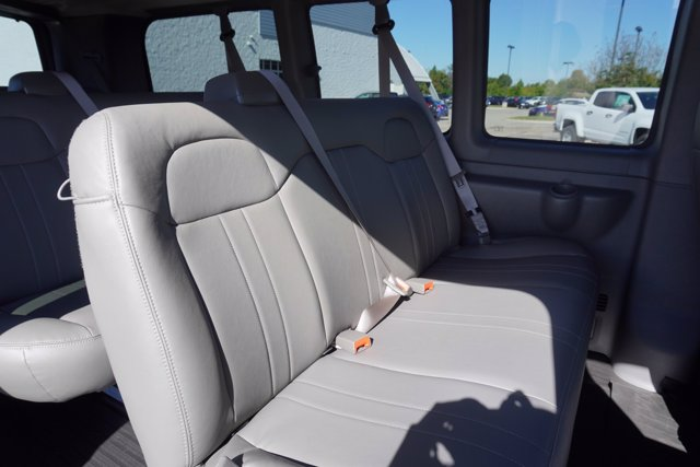 2020 Chevrolet Express 2500 4x2, Passenger Wagon #20-7988 - photo 25