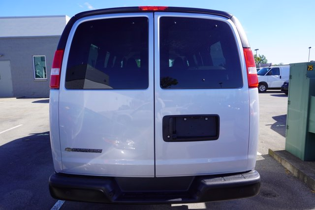 2020 Chevrolet Express 2500 4x2, Passenger Wagon #20-7988 - photo 6