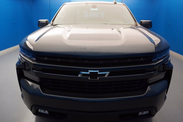 2020 Chevrolet Silverado 1500 Crew Cab 4x4, Pickup #20-8029 - photo 4