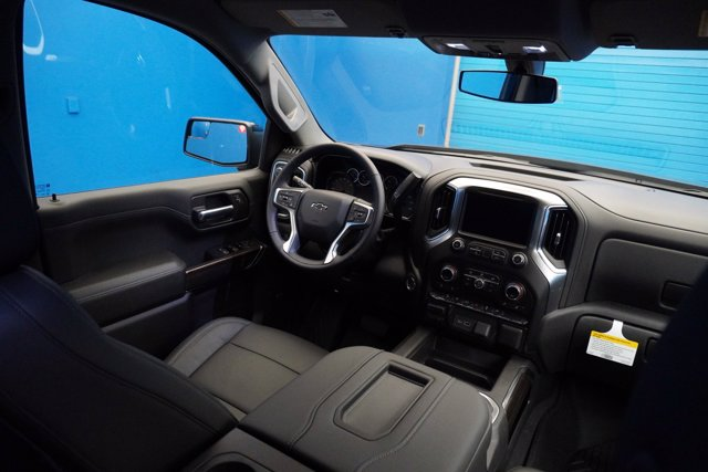 2020 Chevrolet Silverado 1500 Crew Cab 4x4, Pickup #20-8059 - photo 22