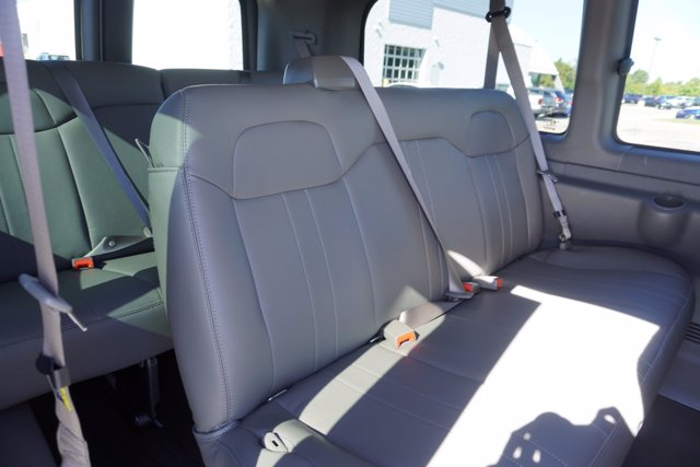 2020 Chevrolet Express 2500 4x2, Passenger Wagon #20-8067 - photo 24