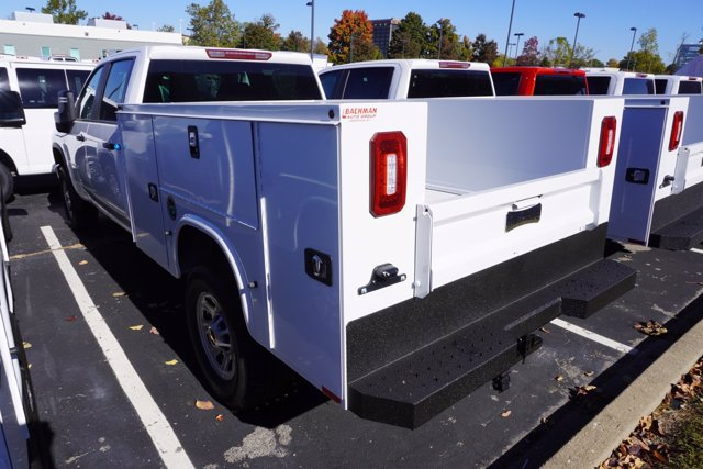 2020 Chevrolet Silverado 3500 Crew Cab 4x4, Knapheide Steel Service Body #20-8095 - photo 6