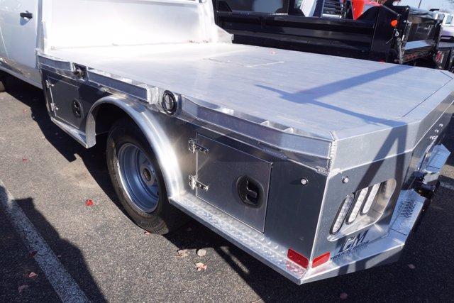 2020 Chevrolet Silverado 3500 Crew Cab DRW 4x2, CM Truck Beds AL SK Model Platform Body #20-8106 - photo 30