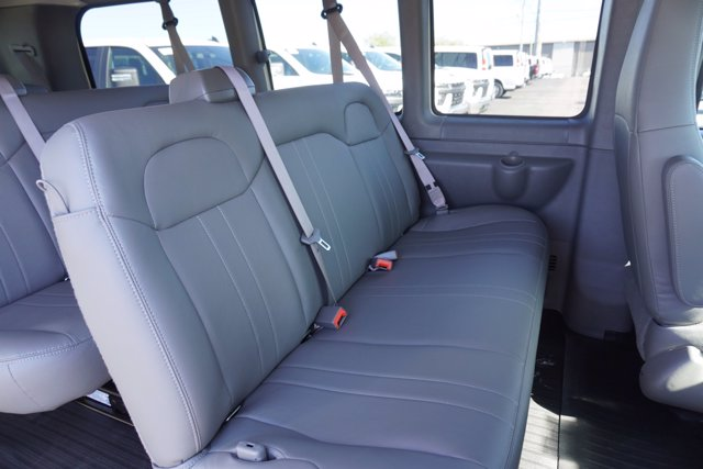 2020 Chevrolet Express 2500 4x2, Passenger Wagon #20-8124 - photo 26