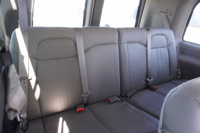 2020 Chevrolet Express 2500 4x2, Passenger Wagon #20-8124 - photo 28