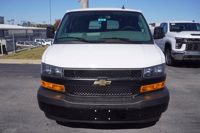 2020 Chevrolet Express 2500 4x2, Passenger Wagon #20-8126 - photo 4