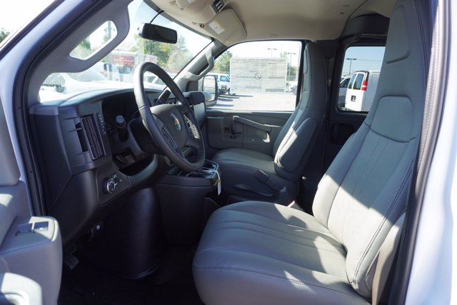 2020 Chevrolet Express 2500 4x2, Passenger Wagon #20-8169 - photo 12