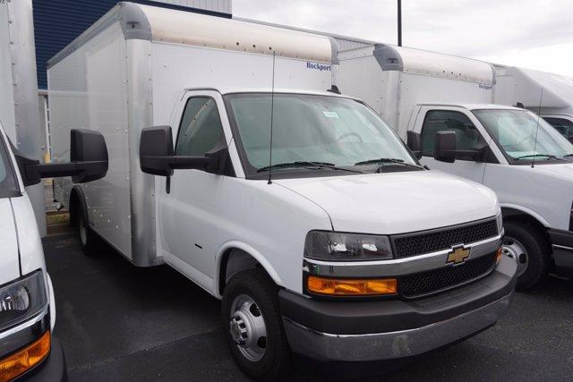 2020 Chevrolet Express 3500 4x2, Rockport Cargoport Cutaway Van #20-8273 - photo 4