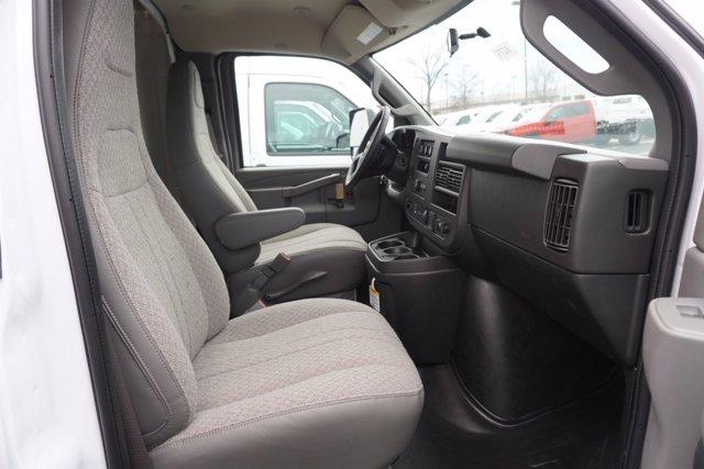 2020 Chevrolet Express 3500 4x2, Rockport Cargoport Cutaway Van #20-8273 - photo 22