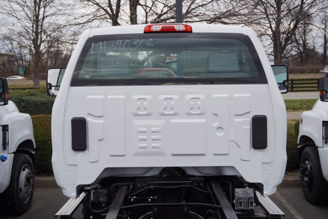 2020 Chevrolet Silverado 6500 Regular Cab DRW 4x4, Cab Chassis #20-8280 - photo 25